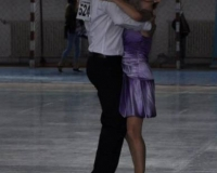 in pasi de dans
