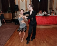 dansuri latino nunta